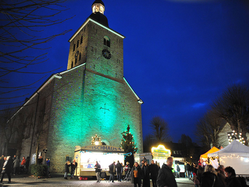weihnachtsmarkt-kirche-agl-lindlar.jpg